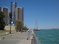 Renaissance Center, Detroit River