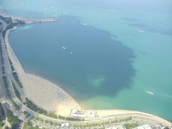 JHO Chicago - Lookout Oak Street Beach on Lake Michigan