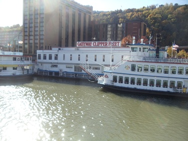 Pittsburgh - Gateway Clipper Fleet - Station Square
