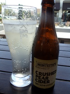 Monteith's - New Zealand - Crushed Pear Cider