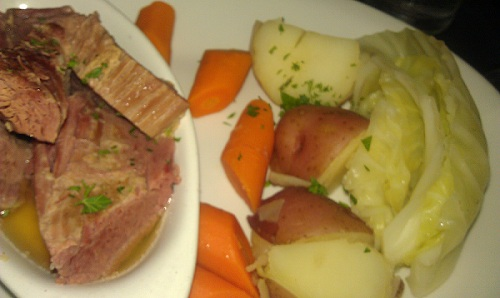 Corned beef and cabbage, Logan's Irish Pub, Findlay, Ohio