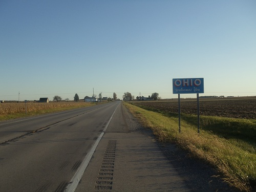 Day Road Trip - Ohio, Michigan state line in the country