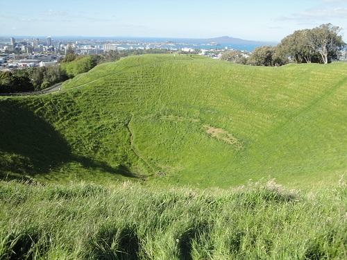 Mount Eden - Auckland, New Zealand - cinder cone, volcano