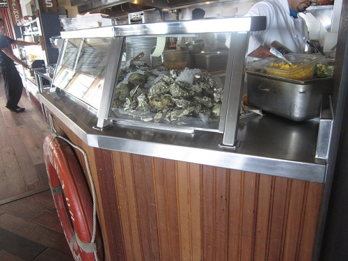 Sam's Chowder House, Half Moon Bay, California, PCH, clams