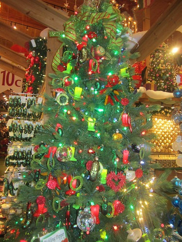 Bronners, Christmas Store, Frankenmuth, Michigan, holiday tree