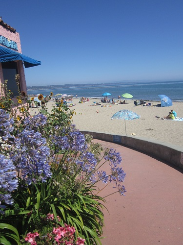 Capitola, California, Mediterranean housing, beach town
