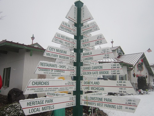 Bronner's Christmas Wonderland, Frankenmuth, Michigan, travel signs