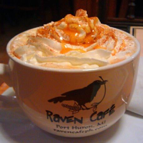 Caffé Crème Caramel, Raven Cafe, Port Huron, Michigan