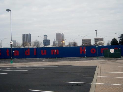 Atlanta Fulton County Stadium, Braves history, Downtown skyline views