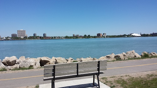 Windsor Riverwalk, Detroit river