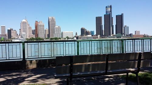 Windsor Riverwalk, Detroit river, skyline