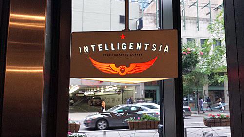 Intelligentsia Millennium Park, Chicago, Toarco, Jaya, Sulawesi Pour Over