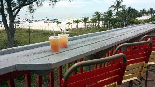 St. Pete Beach, Florida, tropical cocktail, Crabby Bills