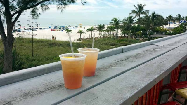 St. Pete Beach, Florida, tropical cocktail, Crabby Bills