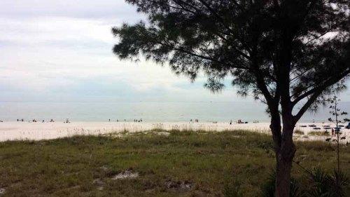 St. Pete Beach, Florida, Crabby Bills, beach