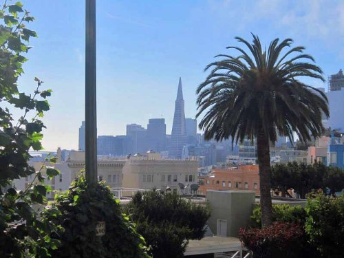 Lombard Street, San Francisco skyline, California