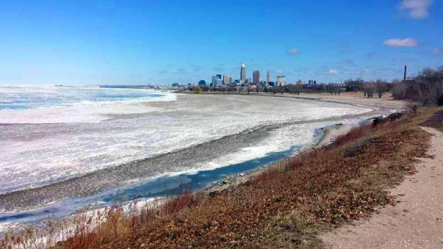 Edgewater Park, Lake Erie, Cleveland, skyline