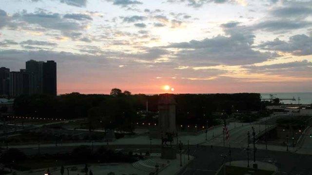 FriFotos - Sky - Chicago, Lake Michigan sunset