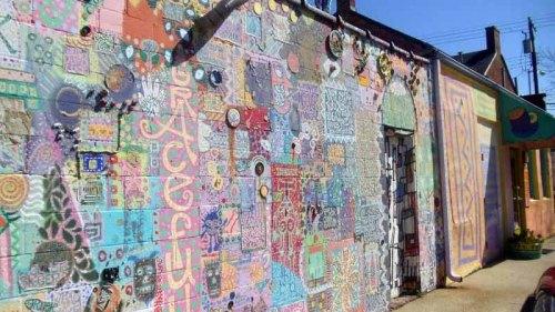 Frifotos - Entrances, Third Street Stuff, Lexington, Kentucky