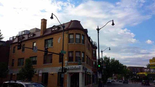 Frifotos - Entrances, Julius Meinl, Lincoln Square, Chicago