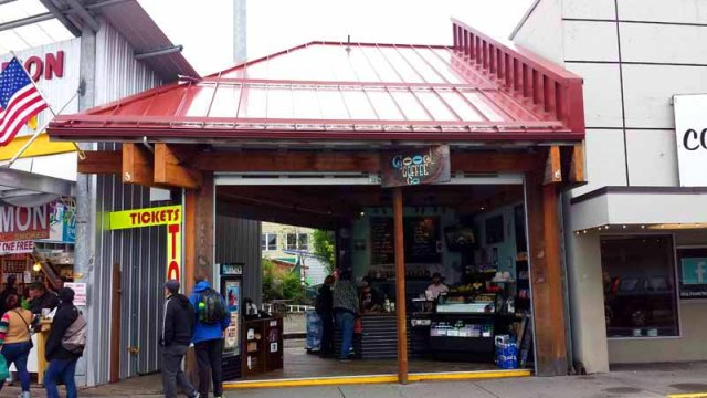 Frifotos - Entrances, Good Coffee Company, Ketchikan, Alaska
