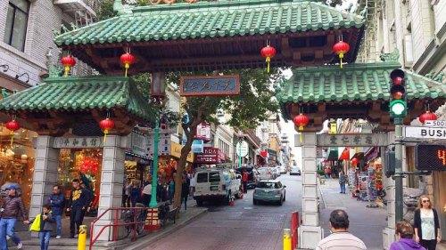 10 reasons Why I Keep Going  Back to San Francisco - China Town neighborhood