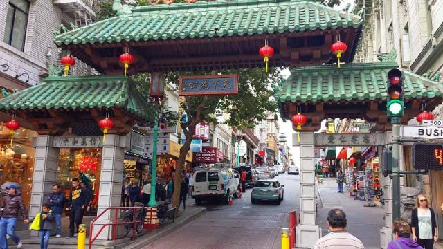 10 reasons Why I Keep Going  Back to San Francisco - China Town neighborhood