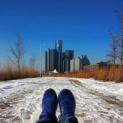 Frifotos - Solitude - Ren Cen and Downtown Detroit