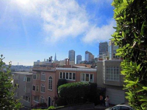 San Francisco skyline from Lombard Street