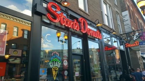 Wicker Park Chicago neighborhood - Stan's Donuts