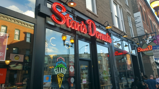 Wicker Park Chicago neighborhood - Stan's Donuts