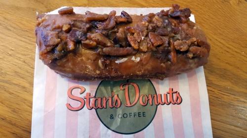 Wicker Park Chicago neighborhood - Stan's Donuts,  maple caramel bacon pecan bar