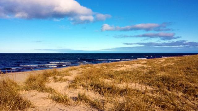 Hoffmaster State Park beach walk along Lake Michigan in Muskegon