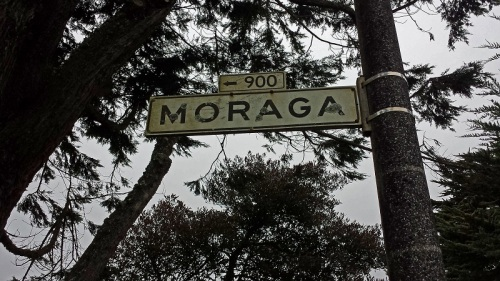 Vintage San Francisco street signage in Outer Sunset neighborhood