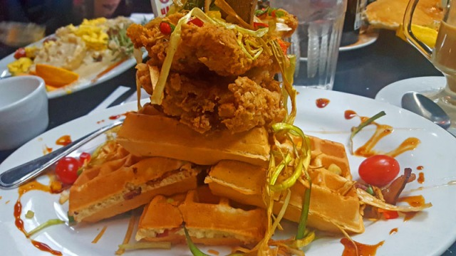 Hash House A Go Go - Las Vegas strip,  chicken and waffles