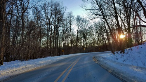 Ann Arbor Polar Vortex 2019 - Huron River Drive - sunrise